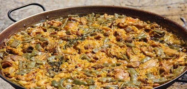 como-se-debe-hacer-una-paella-valenciana-630x300